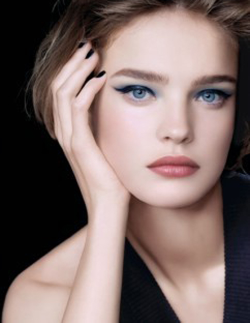 夏天化妆的正确步骤有哪些