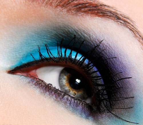 内双眼皮怎么画眼线