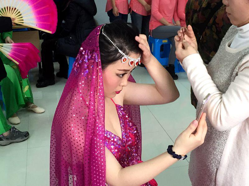 机关印度舞造型